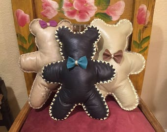 Handmade Leather Teddy Bears. Unique handmade gifts for babies and children.