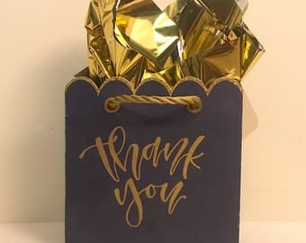 Thank you mini gift bags calligraphy - craft paper bags 5 x 5- modern calligraphy - party bags - bridal gifts - gold hand letterered