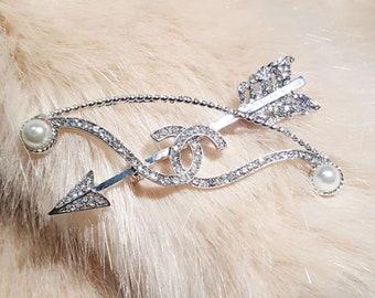 Brooch pin diamonds CC
