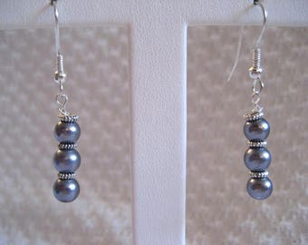 Grey Pearl and Silver Hanging Earrings