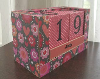 Perpetual Wooden Block Calendar - Big Artistic Hearts and Doodle Flowers - Gray and Pink - Pink and Coral - Gifts for 20 - Gifts for Her