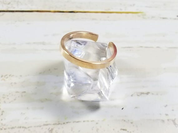 Solid 14K Yellow Gold Flat Top Toe Ring