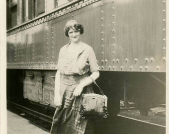 vintage photo 1921 Young Traveling Woman Carpetbag St Paul Minneapolis MN Train STation