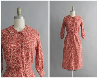 "50s red floral dress | vintage 1950s cotton dress | vtg 50s day dress | XS / X-Small | 26"" waist"