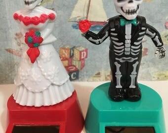 Dia de los Muertos Day of the Dead Couple Set Collectible Solar Dancing Toys Halloween Holiday Decor Wedding Cale Toppers