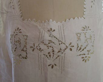 XL Muslin Arts Craft Movement Natural Linen Embroidered Eyelet  Lace Cutwork Dress