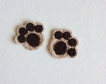 Paw print crochet appliqué in beige and brown
