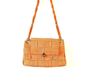 Summer Sale 1970s Gabriella Woven Shoulder Bag // Medium Size Purse // Made in Italy