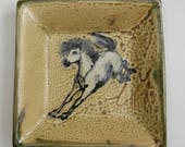 Square Plate with Slip Trailed Horse