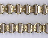 """vintage BOOK CHAIN or BOOKCHAIN metal chain chased design 13"""" x 1/4"""" gold tone chain great for festoon necklace"""