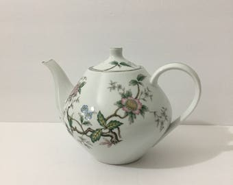 Halsey Chantilly 4 Cup Teapot Rare Beautiful Japanese Style Floral Silver Metallic Rim Delicate Botanical Floral