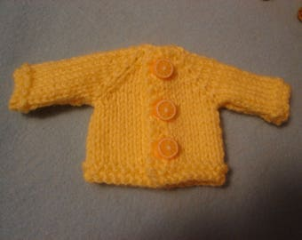 Blythe Yellow Sweater with Lemon Buttons for Pullip and Vintage Skipper Too!