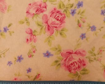 Flannel Fabric - Pink Roses on Pastel Yellow 34 inches