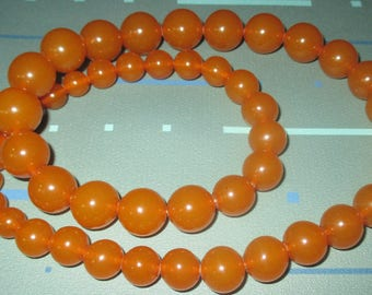 Vintage Butterscotch Amber Round Graduated Bead Necklace 71 Grams