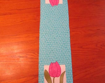 Tulip Long Narrow Table Runner