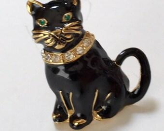 Black Cat Enameled Gold Tone Brooch Vintage