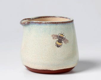 Little Bee Ceramic Mini Pourer