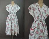 Vintage 1950s Floral Cotton Robe,  House Coat Dress Dress, 38 to 40 bust, Pink Floral