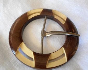 VINTAGE Pierced Carved Brown & Cream Plastic  Belt Buckle