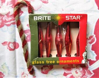 Vintage Brite Star Glass Tree Ornaments, Five Ornaments in Box, Red Glass Ornaments