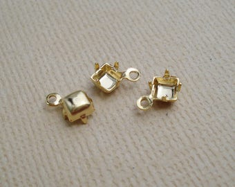 12 Gold Plated 4mm Square 1 Ring Closed Back Rhinestone Prong Settings