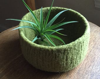Felted Wool Eco-Friendly Natural Wool Treasure Bowl in Pesto