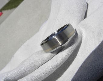 Ring, Wedding Band, Beveled Titanium with White Gold Offset Stripe, 7mm, size 9, Clearance