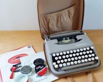Vintage Portable Manual Typewriter • Smith Corona Skyriter Manual Typewriter