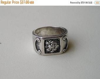 ON SALE Vintage Sterling Silver Wide Cigar Weave Ring