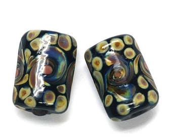 ON SALE 30% off Glass Lampwork Bead Sets - Six Black w/Twisted Beige Dots Mini Kalera Beads 11200803