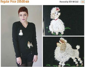 FLASH SALE 60s Poodle Sweater / Black Cute Kawaii Embroidered Dog Jumper / Size S/M Small Medium
