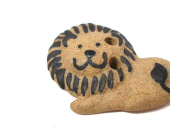Happy LION Button, Handmade Ceramic Big Cat with smile. Leo. King of the jungle. Peaceful lion.