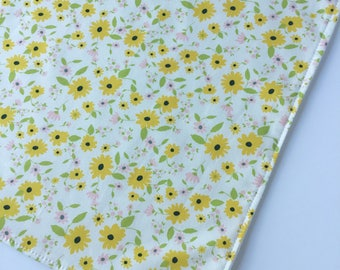 Yellow Wildflowers Bamboo Washcloth - Facecloth - Yellow Washcloth - Bath & Beauty - Wash Cloth - Baby Shower Gift - Flowers Washcloth
