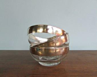 Dorthy Thorpe Salad Bowls, Set of 3 - Sterling Silver Enhanced Glass Bowls Perfect for Salad or Cereal