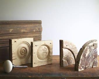 Victorian Architectural Salvage Pieces Bullseye Trim, Quarter Round Bulls Eye, Findings for Repurposing