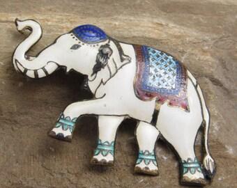 Siam Sterling Enamel Elephant Vintage Jewelry B8061