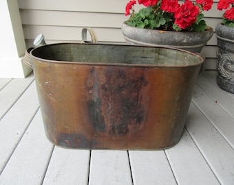 Reduced..Nice vintage copper boiler with end handles- sizable, just the right amount of wear, functional, great home décor