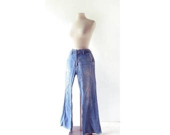 20% off sale 70s Levi's Jeans | 70s Flares | 1970s Jeans | 32W