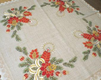"Vintage Handmade Table Centerpiece / Christmas Centerpiece Linen / Holiday Linen / Candle Pine Design 35 x 34"""
