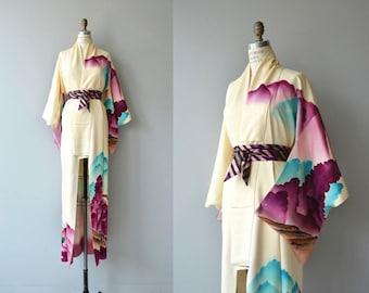 Yama Kumo silk kimono   vintage 1950s kimono   watercolor floral 50s kimono