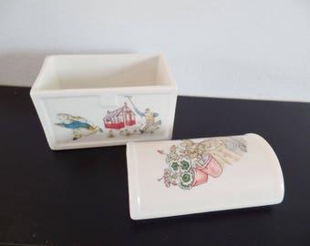 Vintage Wedgwood Peter Rabbit China Treasure Chest - Beatrix Potter - England - Baby Gift