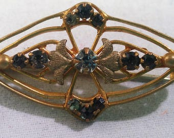 Victorian Collar Breast Brooch Pin Antique w C Clasp #B583