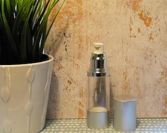 1 ounce airless pump serum bottle