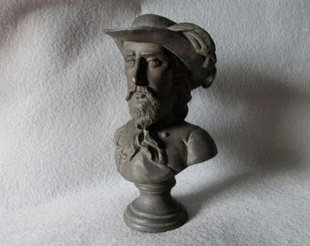 Antique Bust, Figurine of Italian General Giuseppe Garibaldi