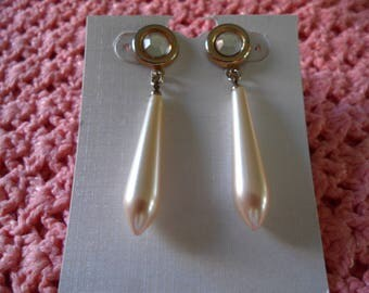 Vintage Gold Tone Clear Rhinestone Faux Pearl Post Pierced Dangle Earrings