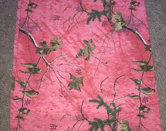 Bright Pink Real Tree AP Camo Changing Pad Cover Bassinet Sheet  Realtree  Hunting  Camouflage  Diaper Baby Nursery Shower Gift