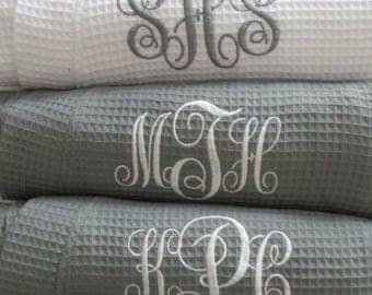 Set of 8 Robes Gray Robes Personalized Robes Monogram, Name, Titles. Embroidered Short Waffle Weave Robes Bridesmaid Robes, Wedding robes