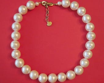 Vintage 16mm Large Pearls with a Fold Over Clasp Necklace