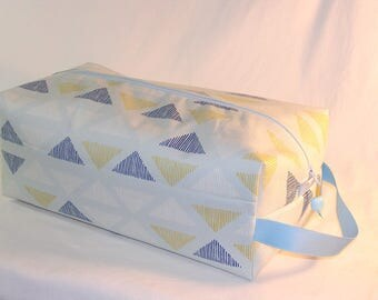 SPECIAL PRICE - Pen Lines in Ice Flow Sweater Bag