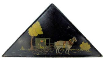 Antique AMISH MAN FOLK Art Painting Horse Carriage On Metal Primitive Tole Tray Triangle